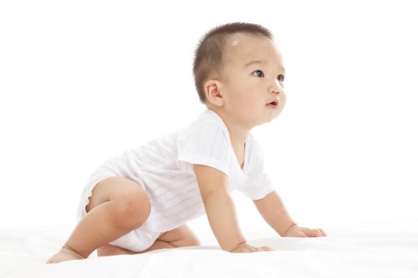 听看闻,何判断宝宝是否消化不良