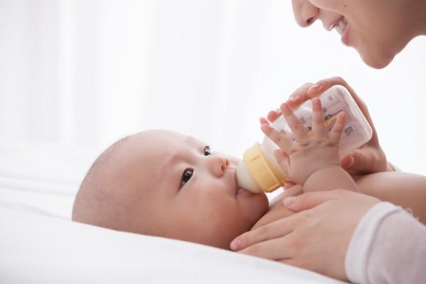 背奶妈妈福利:孕物语母乳保鲜袋保鲜持久 助力妈妈事业&哺育兼顾